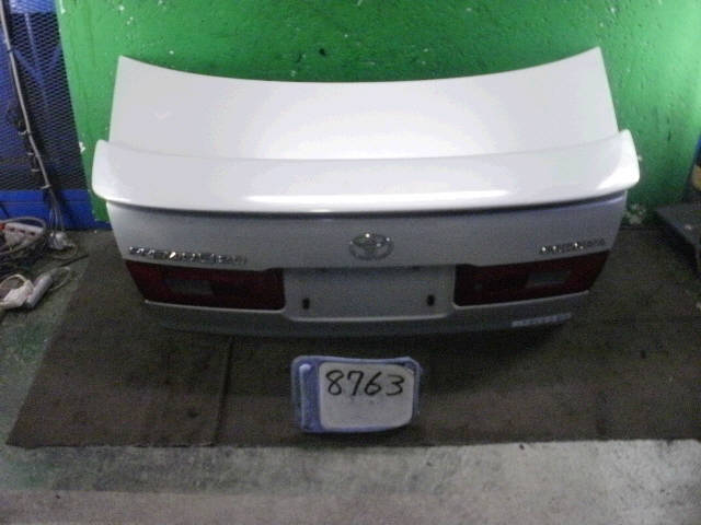 Крышка багажника TOYOTA CORONA PREMIO ST215. Фото 7