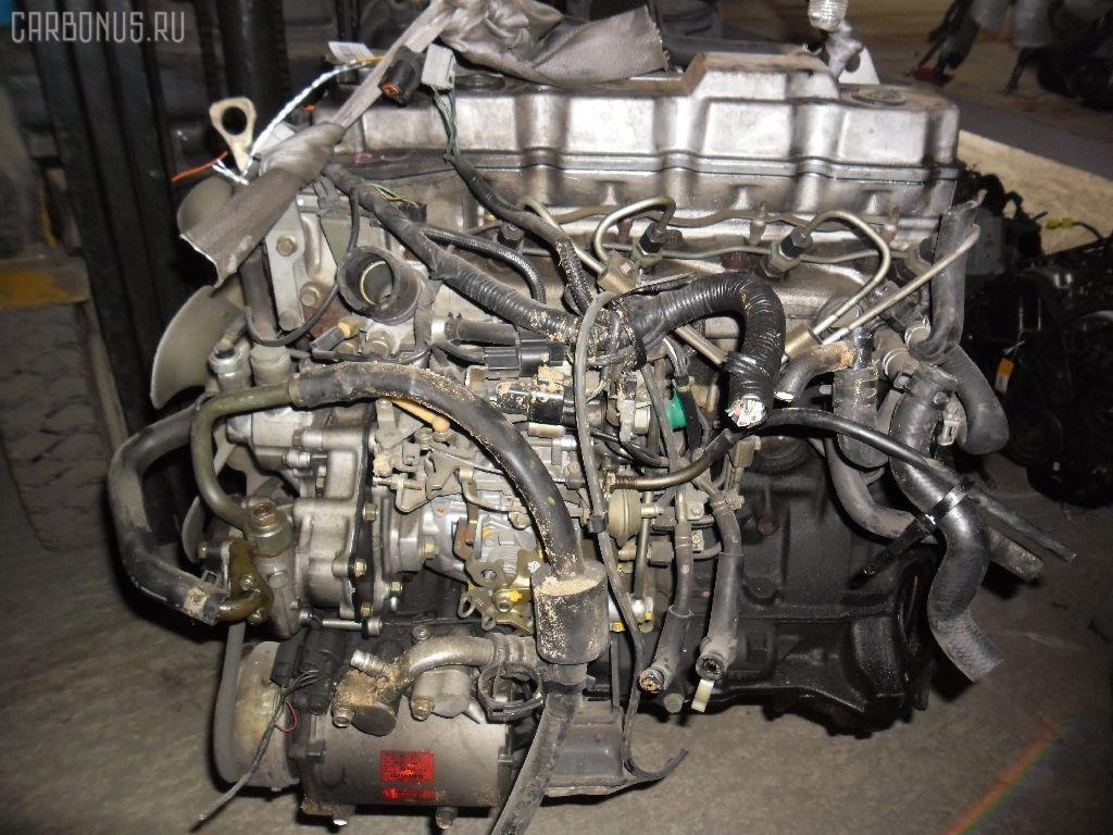 Двигатель MITSUBISHI DELICA SPACE GEAR PD8W 4M40T. Фото 2