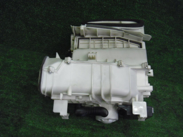 Мотор печки NISSAN PRIMERA WAGON WTP12. Фото 9