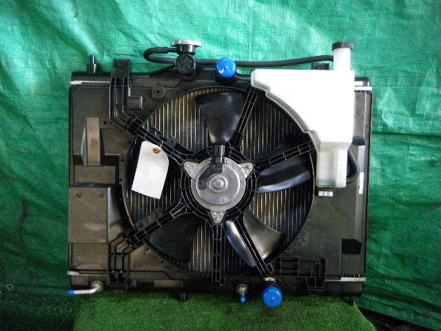 Радиатор ДВС NISSAN AD EXPERT VY12 HR15DE. Фото 3