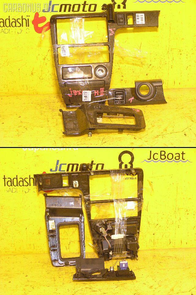 Консоль магнитофона TOYOTA MARK II JZX100. Фото 6