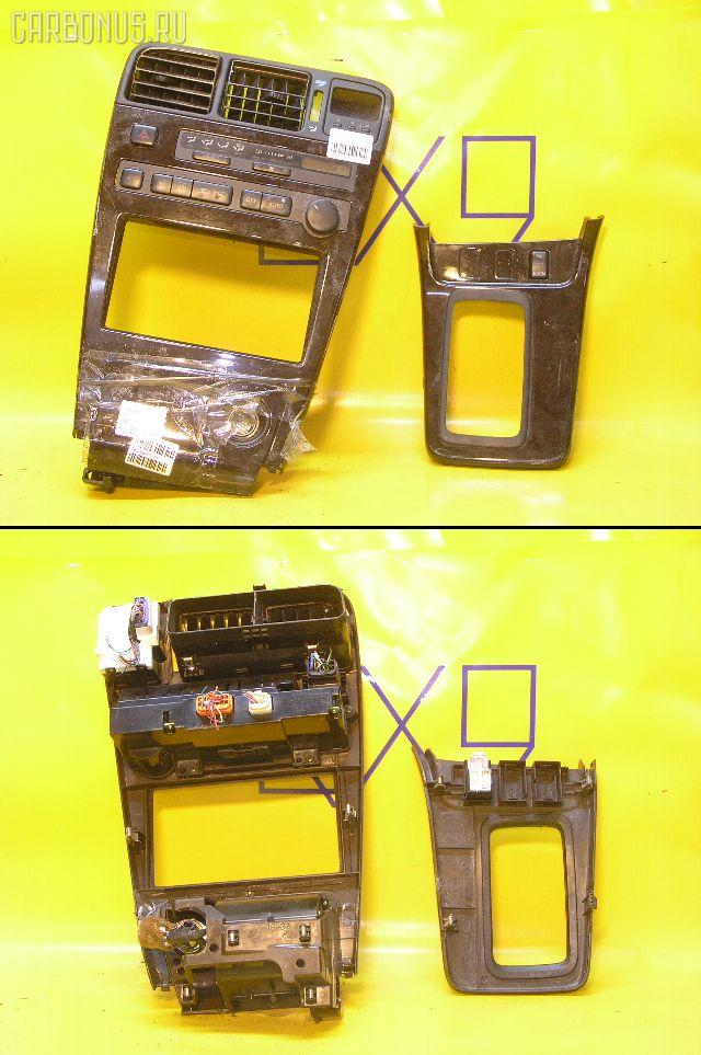 Консоль магнитофона TOYOTA MARK II GX90. Фото 8