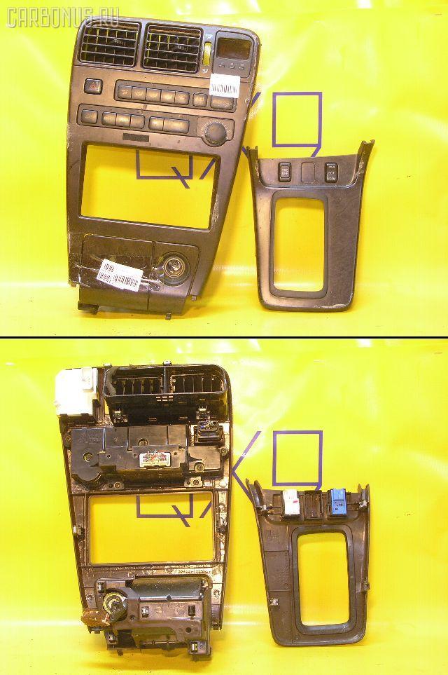 Консоль магнитофона TOYOTA MARK II GX90. Фото 9