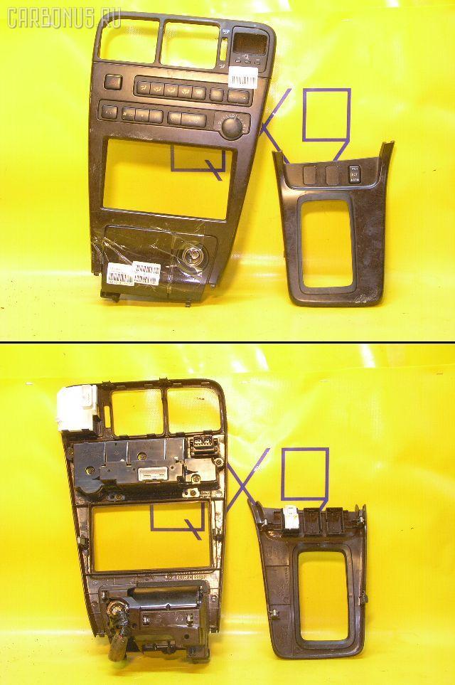Консоль магнитофона TOYOTA MARK II GX90. Фото 10
