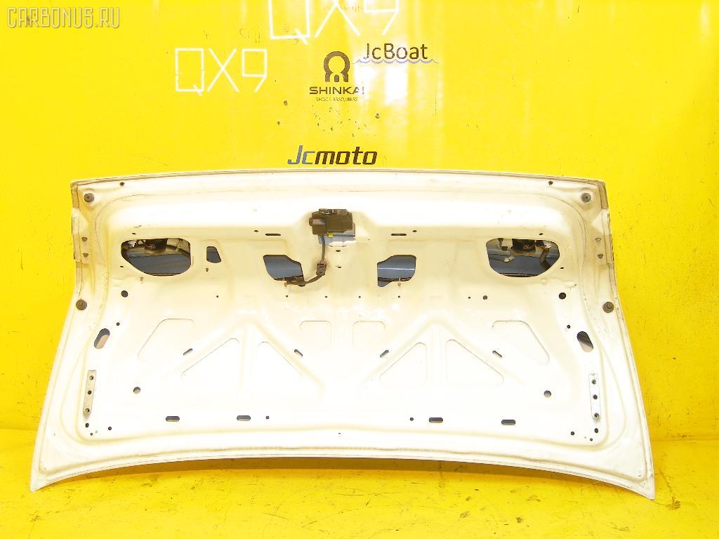 Крышка багажника NISSAN SUNNY FB14. Фото 2