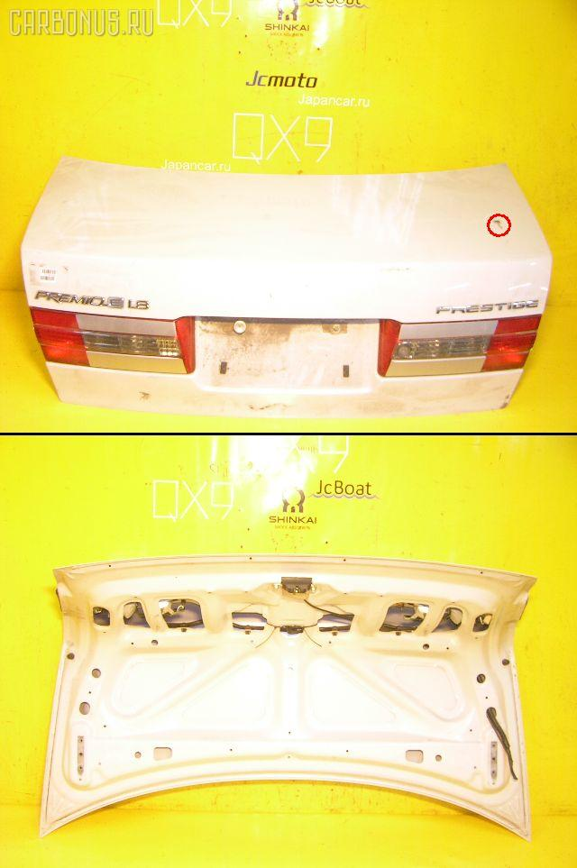 Крышка багажника TOYOTA CORONA PREMIO AT211. Фото 4