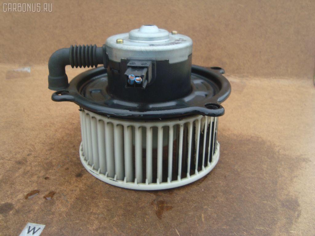 Мотор печки TOYOTA ESTIMA EMINA TCR10G. Фото 8