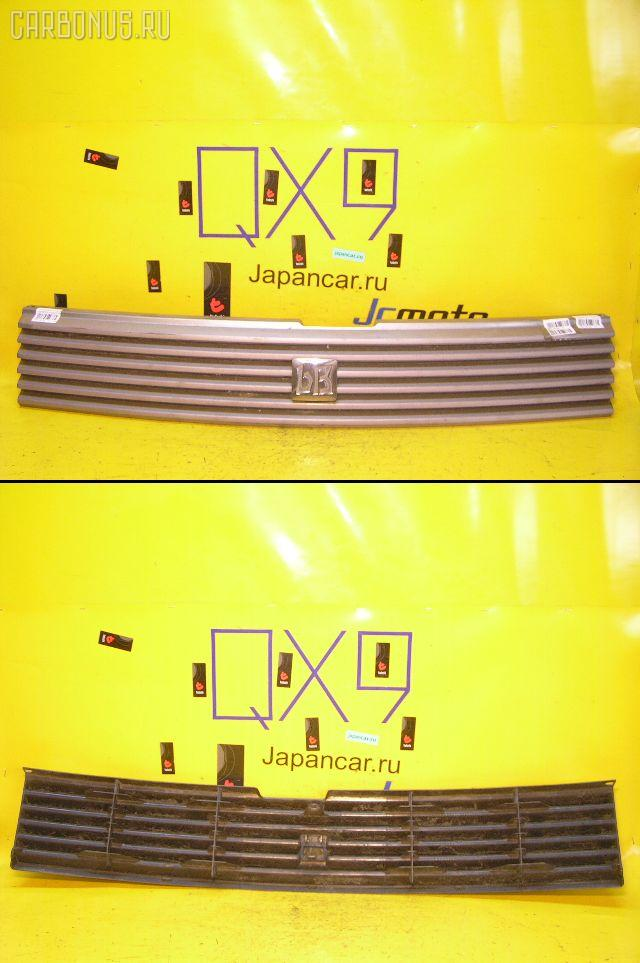 Решетка радиатора TOYOTA BB NCP30. Фото 1