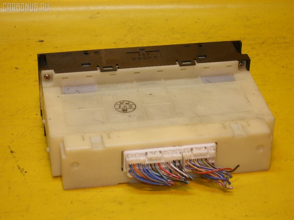Блок управления климатконтроля TOYOTA CHASER JZX105 1JZ-GE. Фото 2