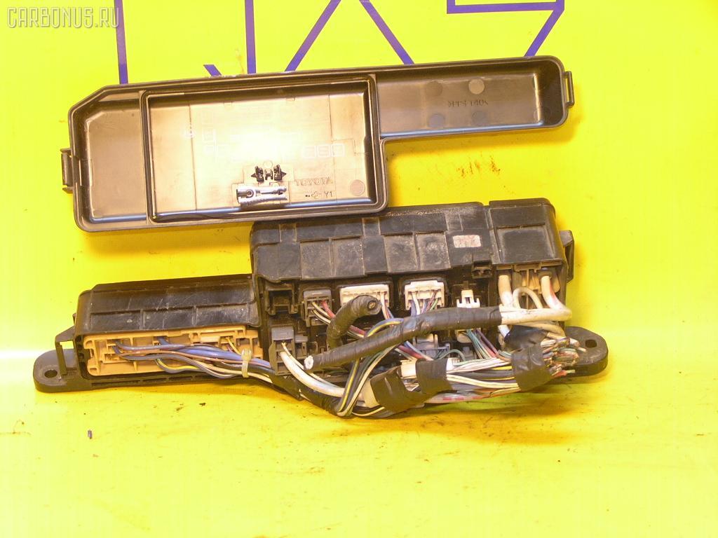 Блок предохранителей TOYOTA NADIA SXN10 3S-FSE. Фото 2