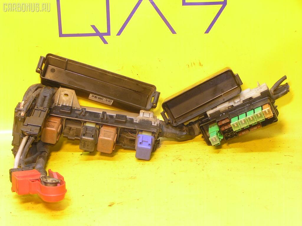 Блок предохранителей NISSAN CUBE AZ10 CGA3DE. Фото 2