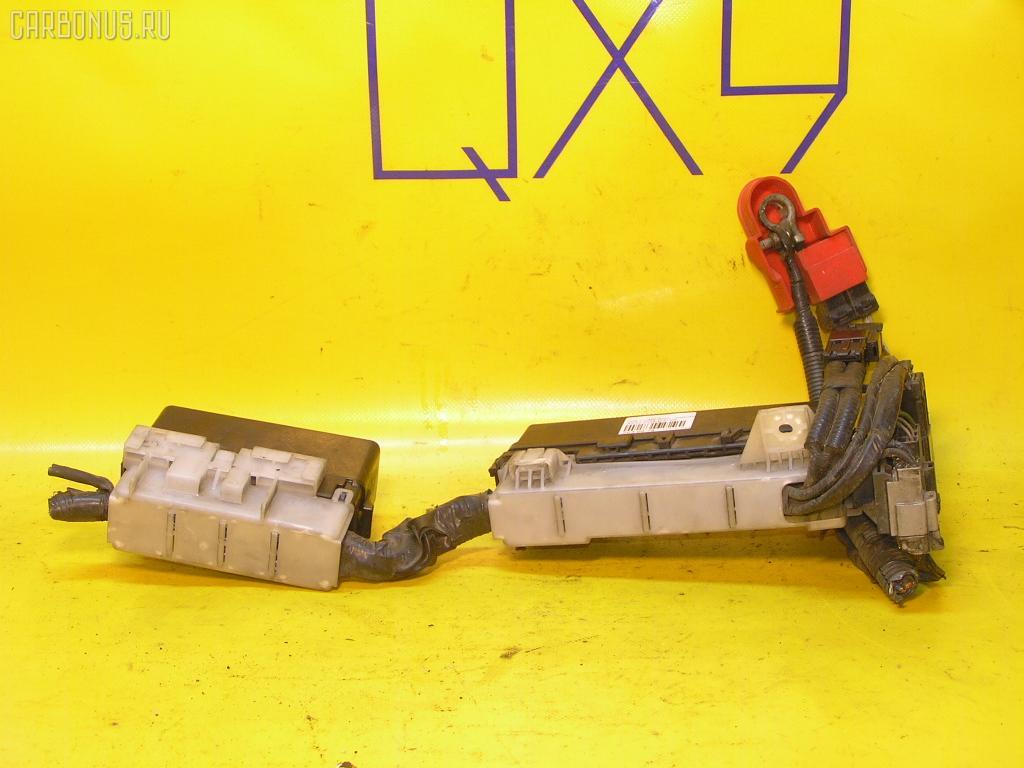 Блок предохранителей NISSAN CUBE AZ10 CGA3DE. Фото 3