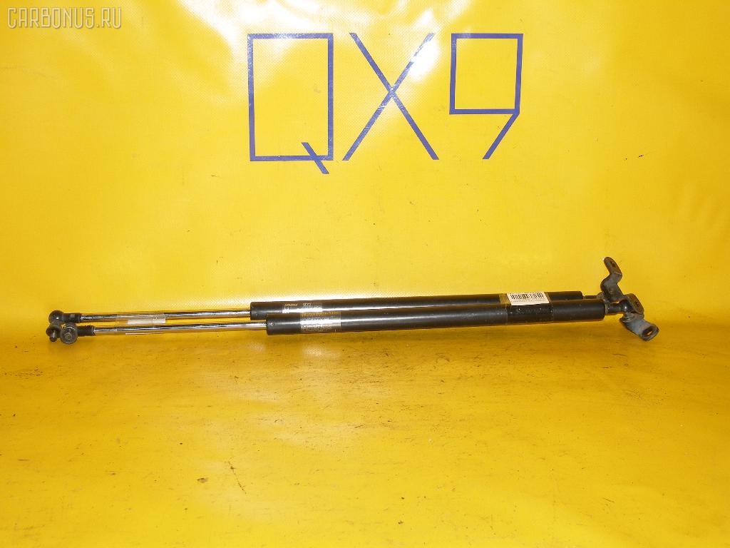 Амортизатор двери HONDA ODYSSEY RA6. Фото 2