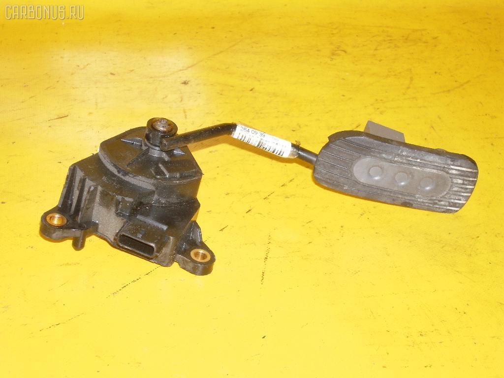 Педаль подачи топлива NISSAN MARCH AK12 CR12DE. Фото 2