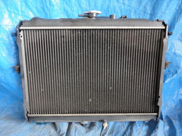 Радиатор ДВС MAZDA BONGO SK82V F8. Фото 9