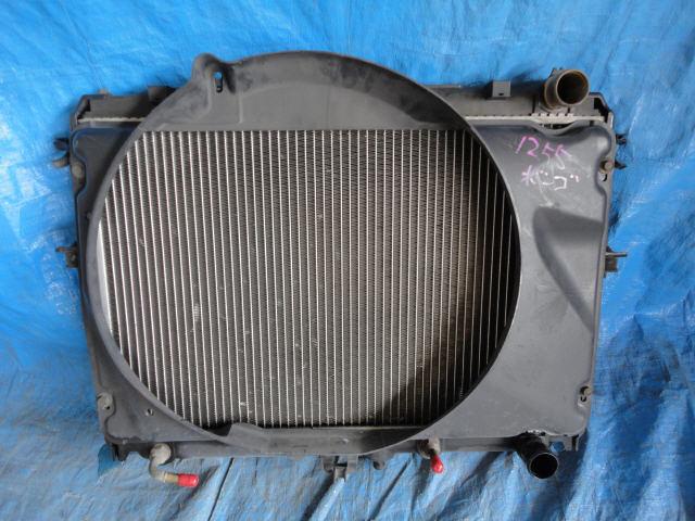 Радиатор ДВС MAZDA BONGO SK82V F8. Фото 8