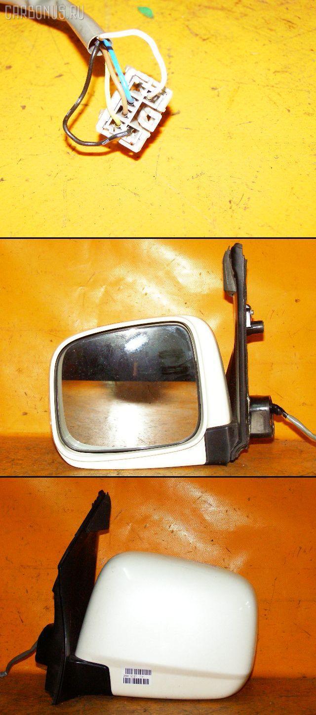 Зеркало двери боковой HONDA STEPWGN RF5. Фото 2