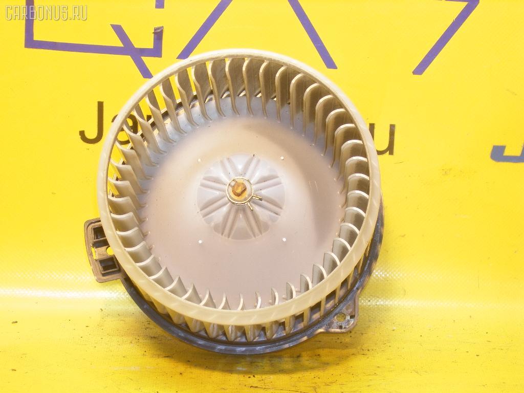 Мотор печки TOYOTA IPSUM ACM21W. Фото 4