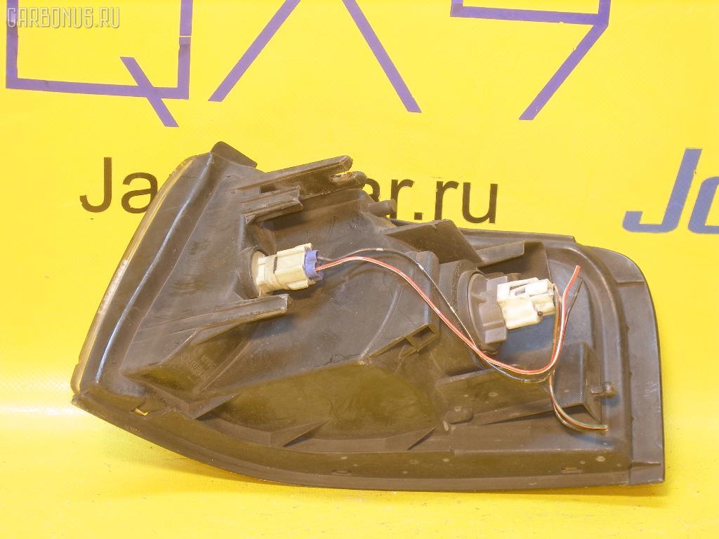 Поворотник к фаре MAZDA MPV LV5W. Фото 3