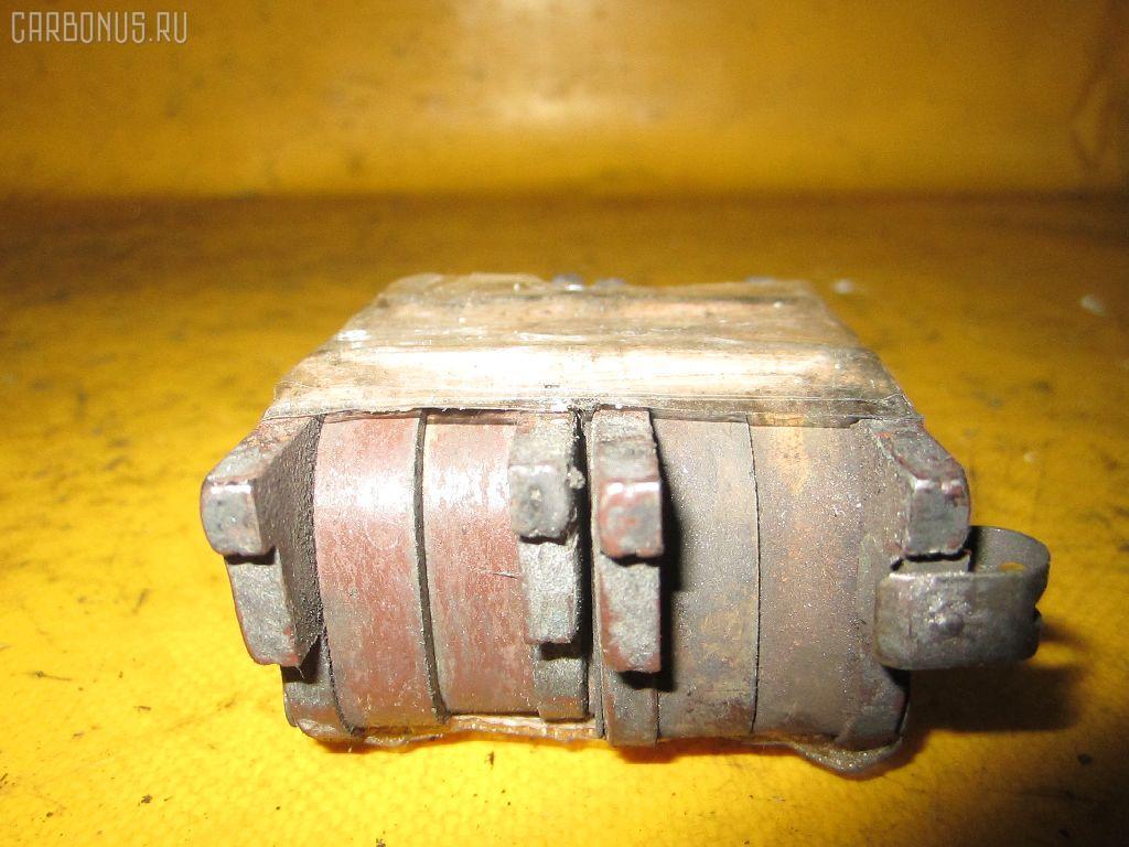 Тормозные колодки TOYOTA VISTA SV50 3S-FSE. Фото 3