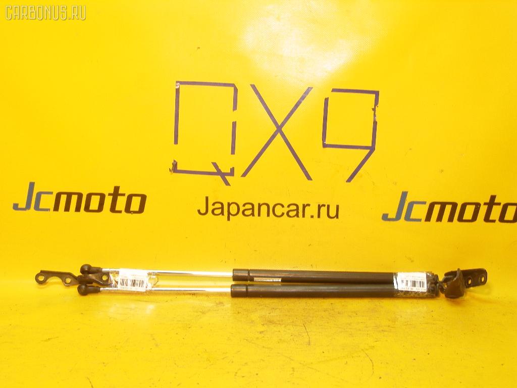 Амортизатор двери TOYOTA IST NCP61. Фото 1