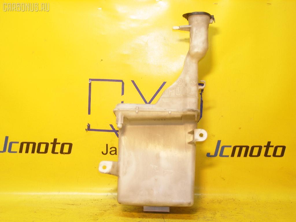 Бачок омывателя TOYOTA IST NCP61. Фото 4