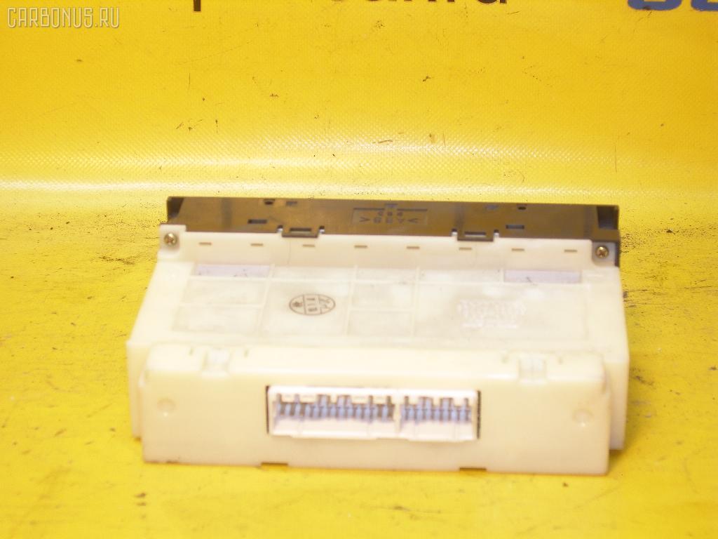 Блок управления климатконтроля TOYOTA MARK II JZX105 1JZ-GE. Фото 2