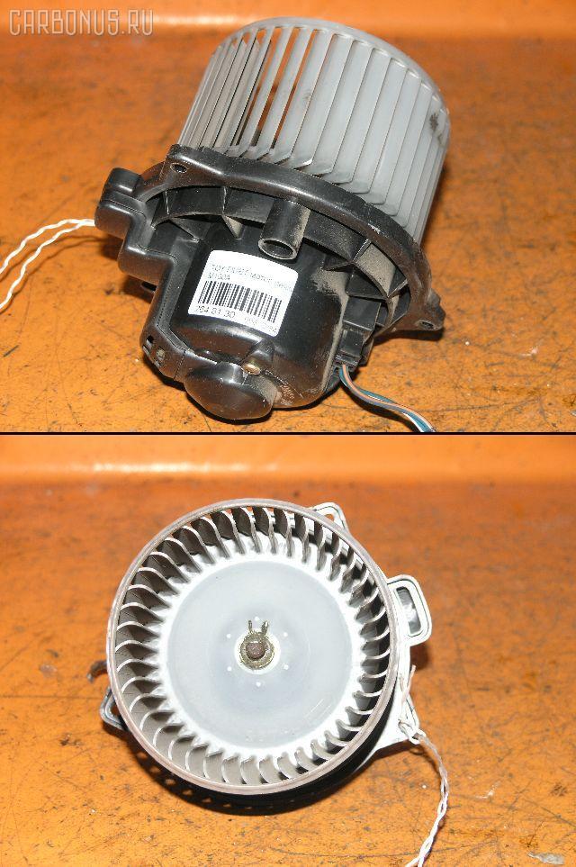 Мотор печки TOYOTA DUET M100A. Фото 4