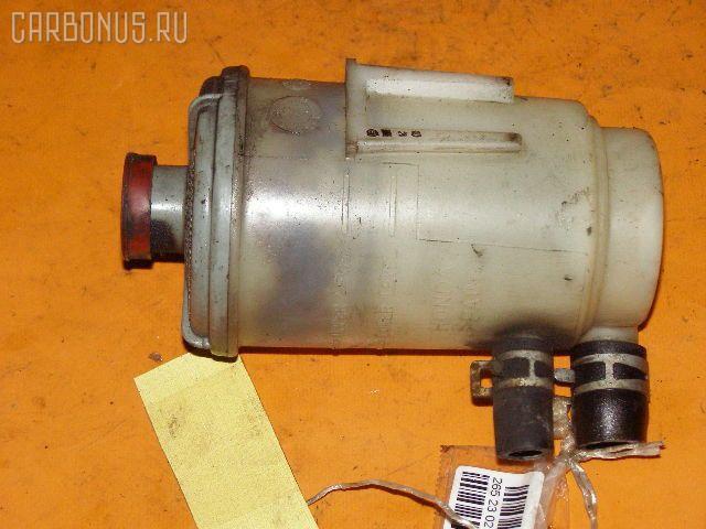 Бачок гидроусилителя HONDA STEPWGN RF2 B20B. Фото 1