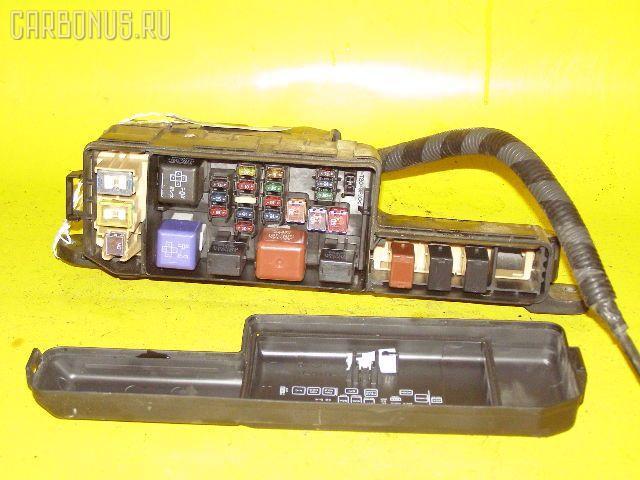 Блок предохранителей TOYOTA CORONA PREMIO AT211 7A-FE. Фото 1