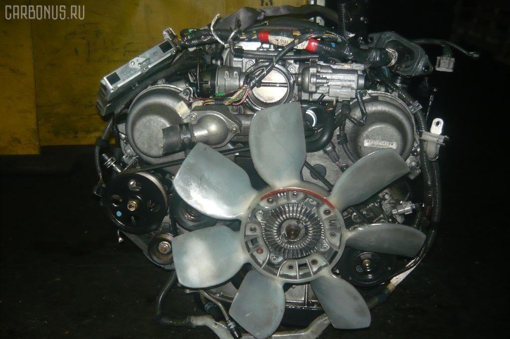 Двигатель TOYOTA CROWN MAJESTA UZS151 1UZ-FE. Фото 3