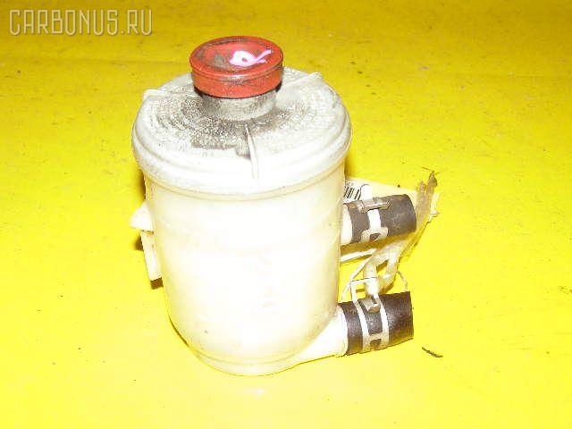 Бачок гидроусилителя HONDA STEPWGN RF4 K20A. Фото 1