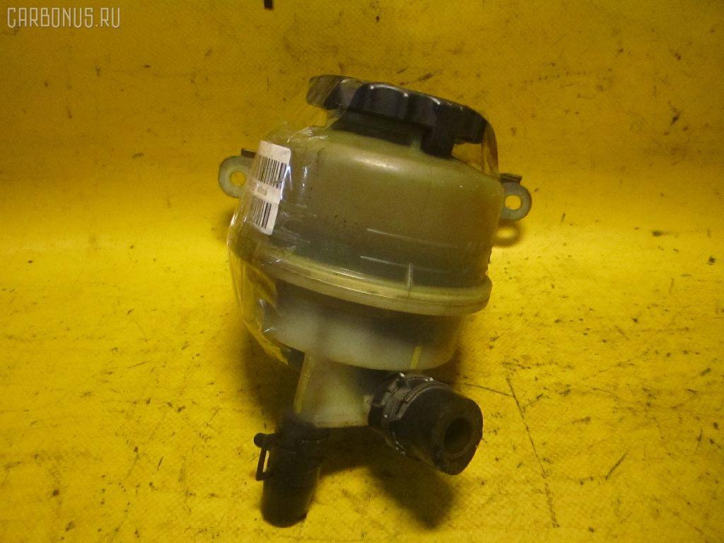 Бачок гидроусилителя TOYOTA VISTA SV43 3S-FE. Фото 3