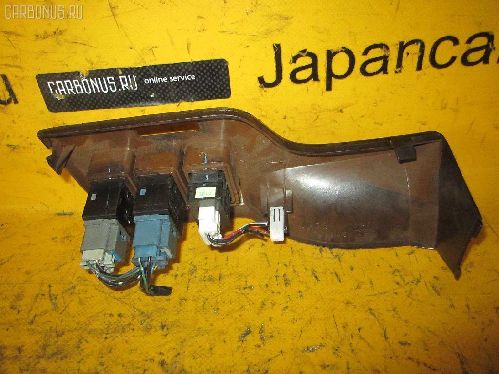 Консоль магнитофона SUBARU LEGACY LANCASTER BHE. Фото 4