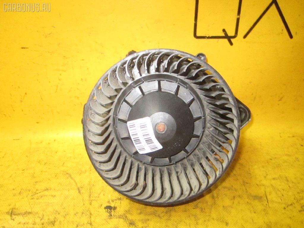 Мотор печки AUDI A4 8EALT Фото 2