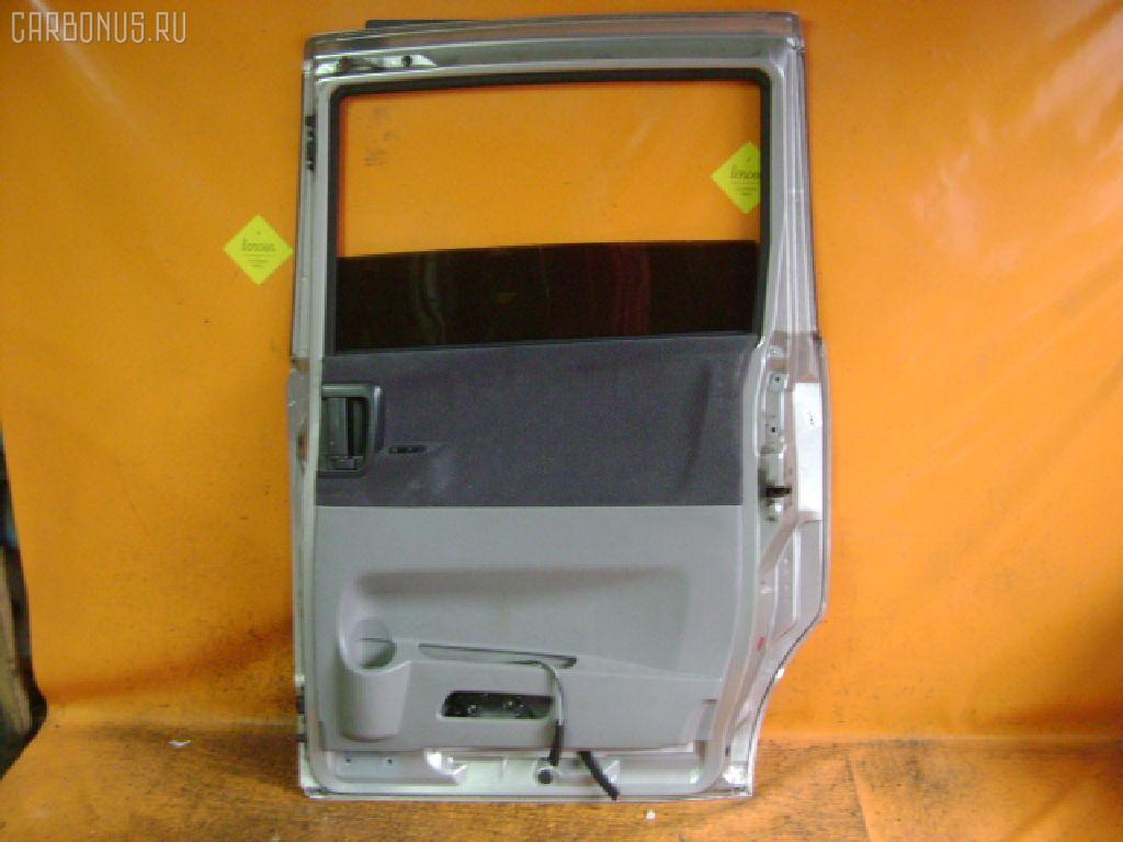 Дверь боковая TOYOTA VOXY AZR65G. Фото 2