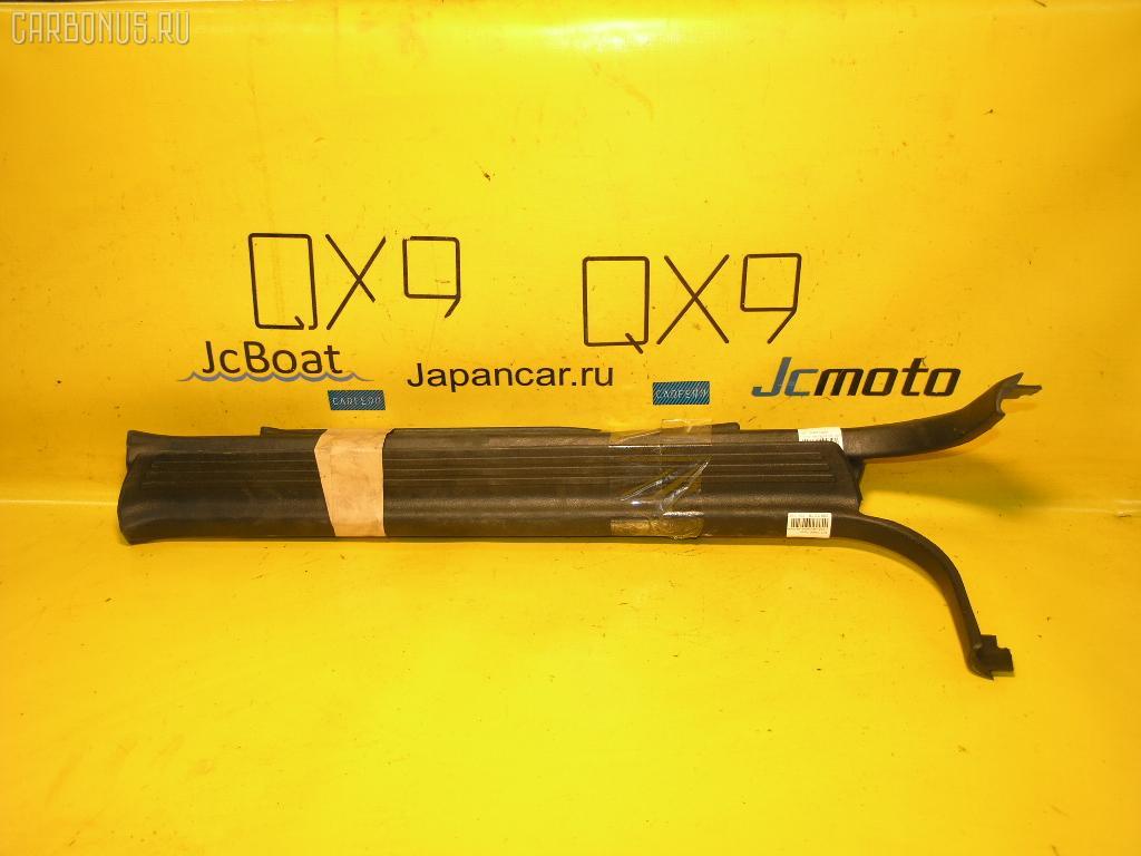 Порог кузова пластиковый ( обвес ) MITSUBISHI DIAMANTE F31A. Фото 1