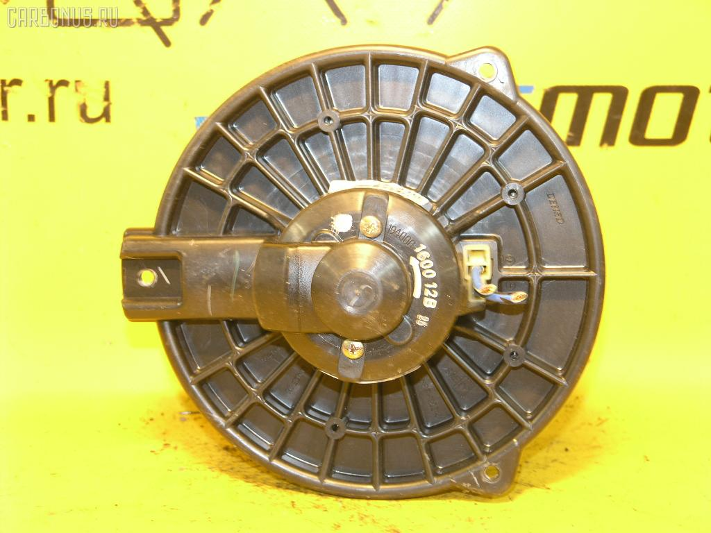 Мотор печки HONDA STREAM RN1. Фото 6