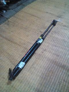 Амортизатор двери Toyota Estima ACR40W Фото 1
