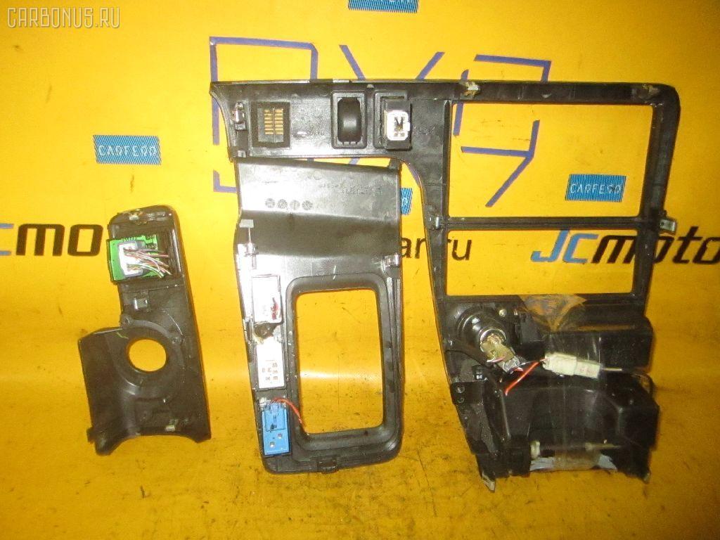 Консоль магнитофона TOYOTA CHASER JZX100. Фото 9