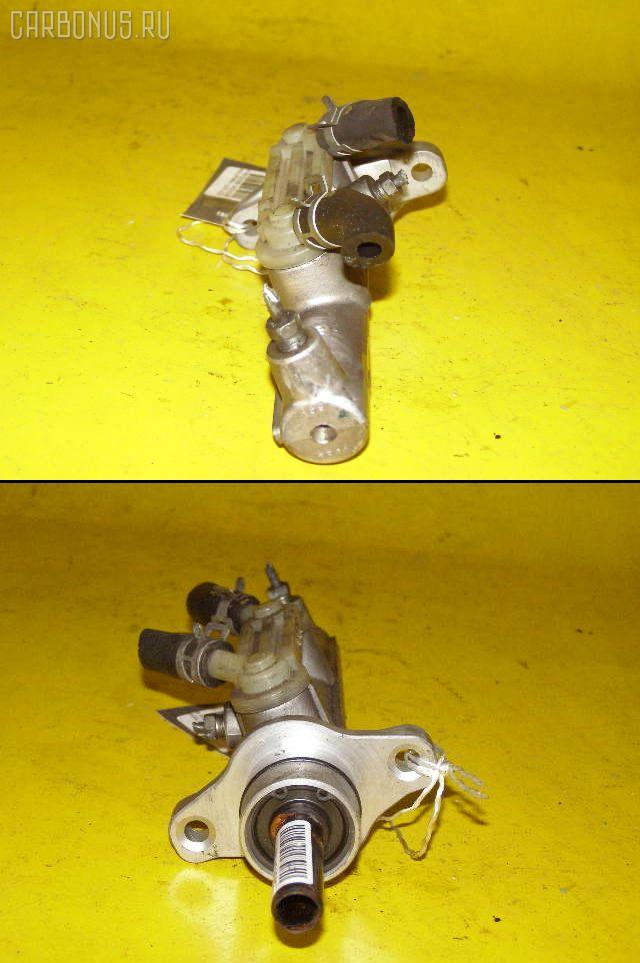 Главный тормозной цилиндр TOYOTA ESTIMA MCR30W 1MZ-FE Фото 1