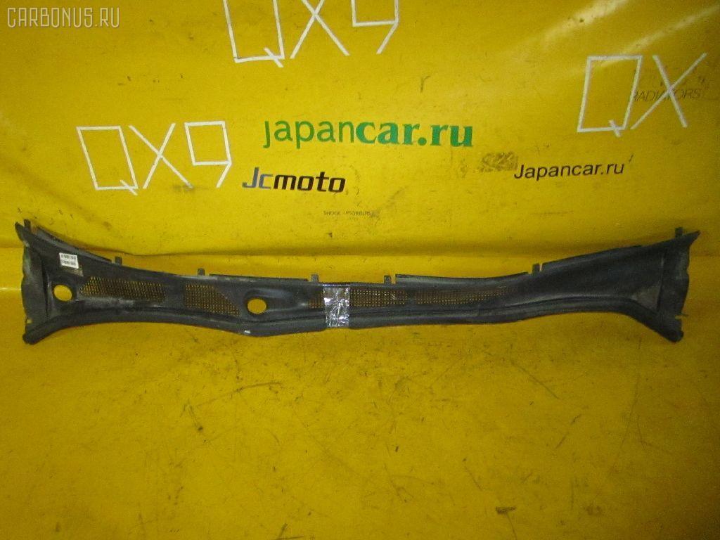 Решетка под лобовое стекло TOYOTA VISTA SV50 Фото 1