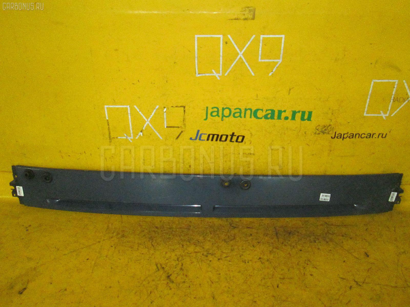 Решетка под лобовое стекло MITSUBISHI CANTER FE83 Фото 1