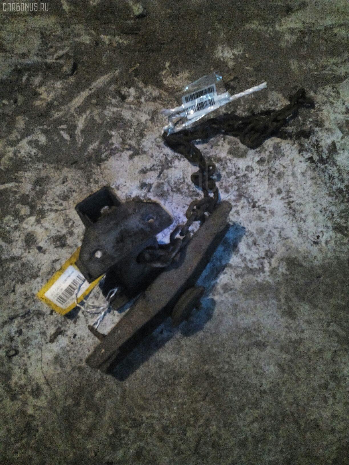 Крепление запасного колеса Mitsubishi Canter FE83 Фото 1