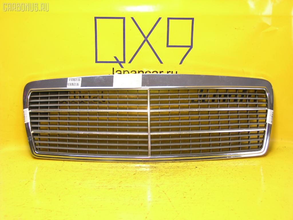 Решетка радиатора MERCEDES-BENZ E-CLASS W210.037. Фото 1