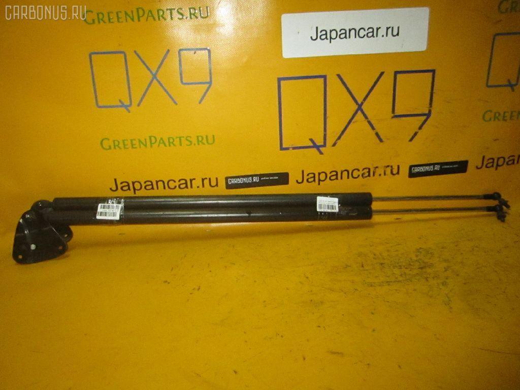 Амортизатор двери HONDA STEP WGN RF3. Фото 5