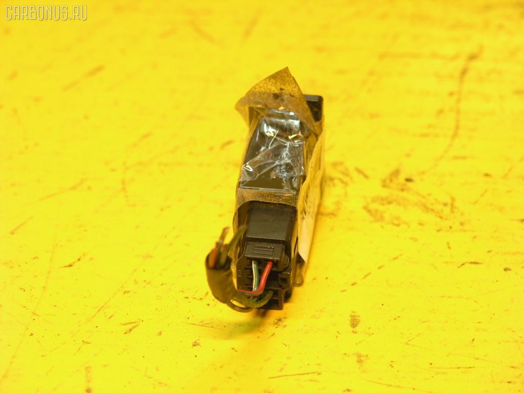 Кнопка TOYOTA. Фото 6