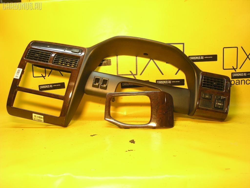 Консоль магнитофона TOYOTA CORONA PREMIO AT211. Фото 1