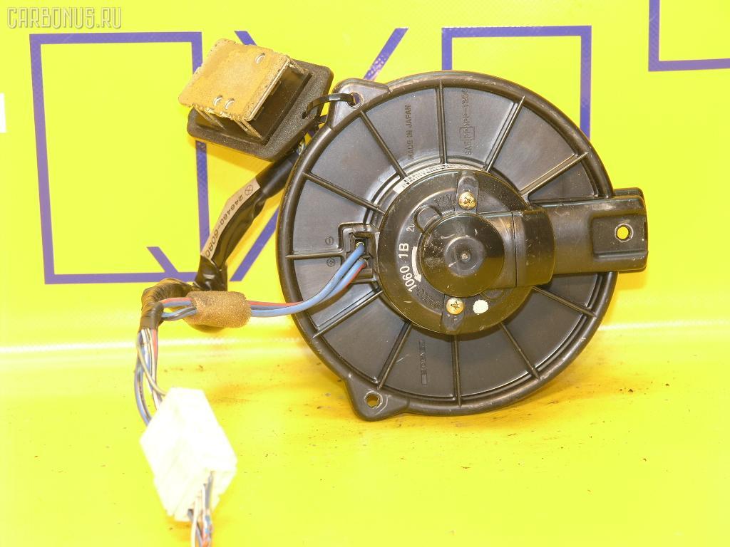 Мотор печки TOYOTA FUNCARGO NCP20. Фото 6
