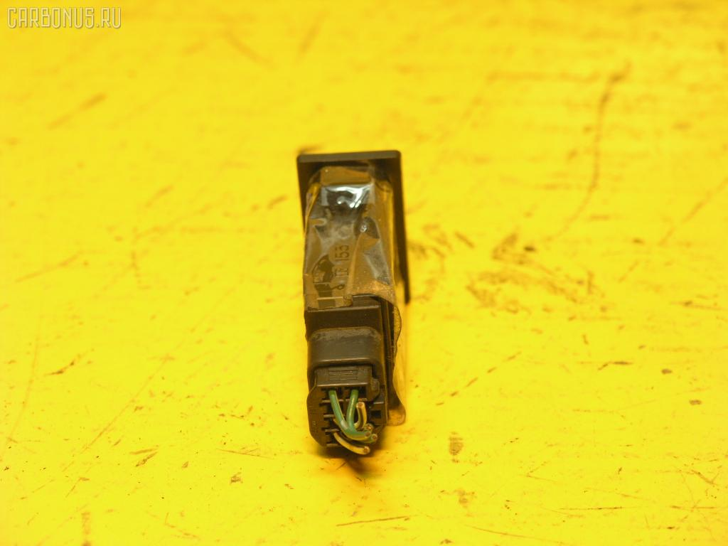 Кнопка TOYOTA GAIA SXM10G. Фото 2
